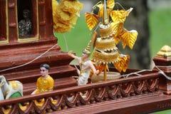 泰国民间舞蹈玩偶精神房子的 库存图片