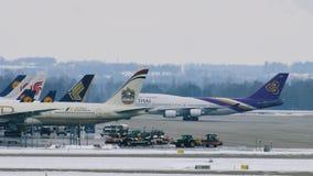 泰国波音747-400 影视素材