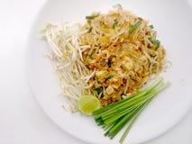 泰国泰国食物的垫,混乱与豆腐的油炸物面条在padthai样式 那个泰国全国主菜 免版税库存图片