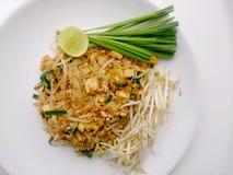 泰国泰国食物的垫,混乱与豆腐的油炸物面条在padthai样式 那个Thailands全国主菜 库存图片