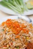 泰国的全国盘,混乱油煎的米线(泰国的垫) 免版税图库摄影