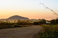 泰国的农村路 免版税库存图片
