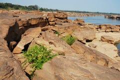 泰国的大峡谷和湄公河是名字山姆帕纳Bok (三千个孔)在乌汶叻差他尼泰国 库存照片