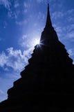 泰国的寺庙的塔 免版税库存图片