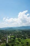 泰国的山小山的村庄 库存照片
