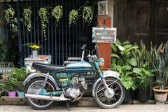 从泰国的老摩托车 免版税库存照片