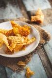 泰国米薄脆饼干 泰国在塑料袋的街道food.curry装箱 免版税库存图片