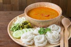 泰国米细面条,通常吃与用咖哩粉调制 免版税库存图片