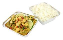 泰国绿色鸡咖喱拿走膳食 免版税图库摄影