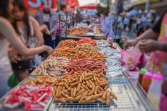 泰国肉丸和香肠用竹棍子 免版税库存照片