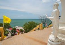 泰国菩萨和海 图库摄影