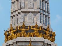 泰国雕塑牦牛 库存图片