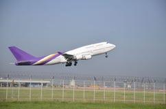 泰国飞机起飞 免版税图库摄影
