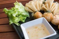 泰国食物样式:& x22; 金钱袋子或袋子gold& x22; 传统泰国艺术 库存图片