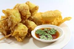 泰国食物油煎的馄饨 免版税图库摄影