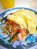 泰国食物混乱油煎的细面条 免版税图库摄影