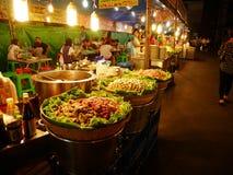泰国食物的街道 免版税库存图片