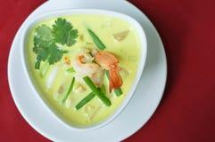 泰国食物绿色咖喱虾 免版税库存照片