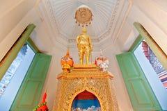 泰国,在泰国样式的Rama IV的雕象国王 免版税库存照片