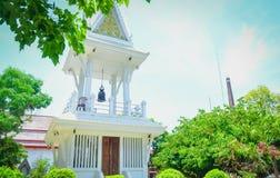泰国,自然绿色黄木樨草的寺庙Viwe 免版税图库摄影