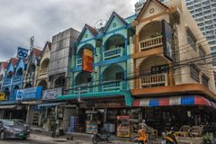泰国,芭达亚,芭达亚25,06,2017条街道有巨大数字的 库存图片
