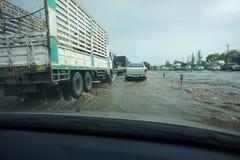 泰国bangbuathong的洪水 免版税图库摄影