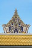 泰国Buddist寺庙三角形屋顶样式 库存图片