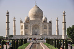 泰姬陵,美妙地点燃在下午太阳,阿格拉印度 免版税库存照片