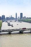 泰晤士和威斯敏斯特桥梁 免版税库存图片