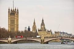 泰晤士河视图 免版税库存图片