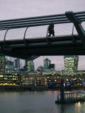 泰晤士河,伦敦的夜都市风景 免版税库存照片