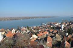 泽蒙和河多瑙河,贝尔格莱德看法  库存照片