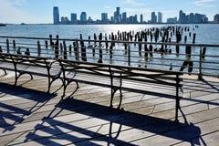 泽西市和Hoboken江边 免版税库存照片