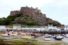 泽西渠道海岛- Mont奥尔居埃城堡 库存图片