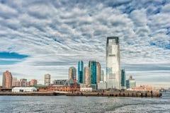 泽西,新泽西- 2013年12月28日:泽西都市风景和口岸 免版税库存照片