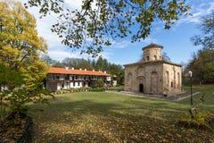 泽门,保加利亚- 2016年10月9日:中世纪泽门修道院,保加利亚惊人的看法  免版税库存照片