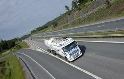 洁净燃料卡车白色 免版税库存照片
