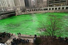 洗染帕特里克河s st的芝加哥日 库存照片