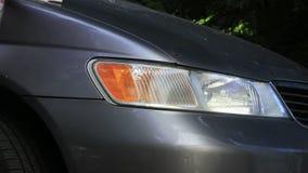 洗涤的肮脏的灰色van headlights 股票录像