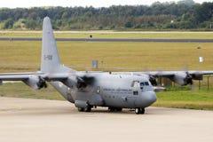 洛克希德C-130赫拉克勒斯飞机 免版税库存照片