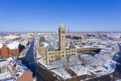 洛厄尔香港大会堂鸟瞰图,马萨诸塞,美国 免版税图库摄影