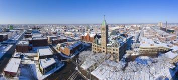 洛厄尔香港大会堂鸟瞰图,马萨诸塞,美国 免版税库存照片