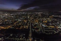 洛杉矶加利福尼亚101高速公路夜天线 免版税图库摄影