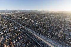 洛杉矶110高速公路早晨天线 免版税库存照片