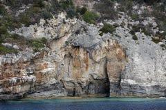 洞在爱奥尼亚海 免版税库存照片