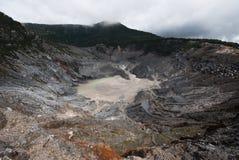 洞火山 库存图片