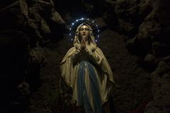 洞的母亲玛丽 库存图片