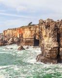 洞穴Boca在卡斯卡伊斯,葡萄牙做地域 图库摄影