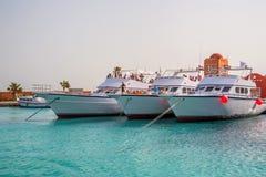 洪加达,埃及- 2015年11月:小船在小游艇船坞 库存照片
