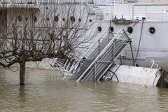 洪水在巴黎 库存照片